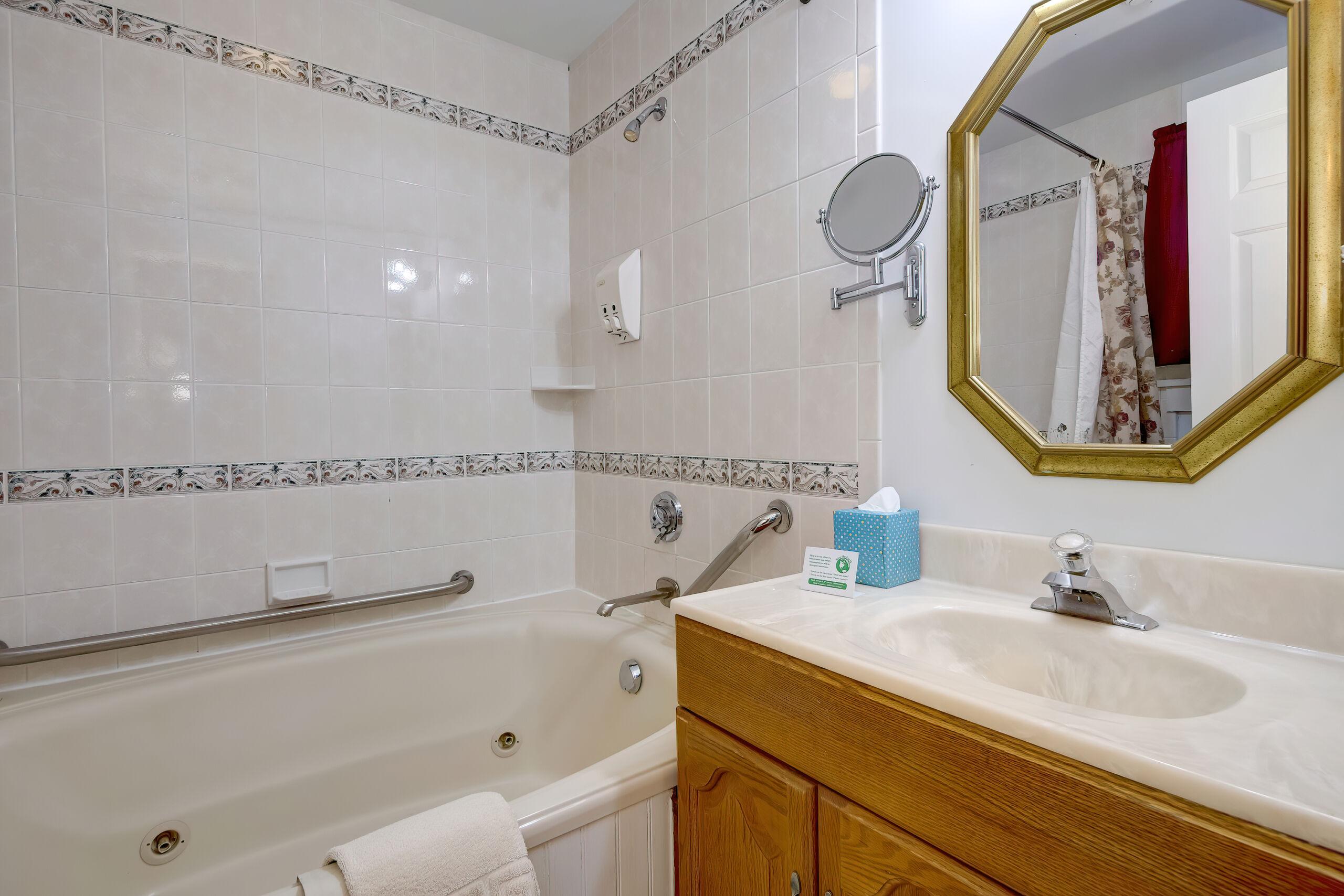 CR Bath