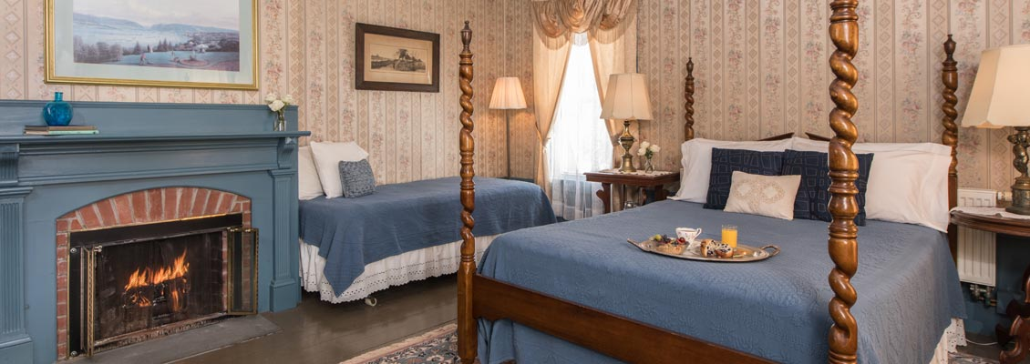 Grand Central Guest Room