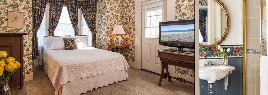 Newport Guest Room